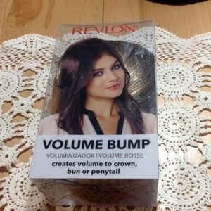 FROSTED Revlon Volume Bump, NWOT